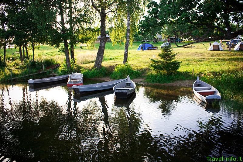 S. Birškaus sodyba-stovyklavietė prie Platelių ežero